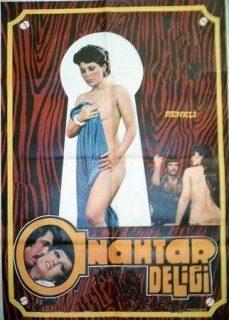 Anahtar Deliği Türk Erotik Filmi İzle full izle